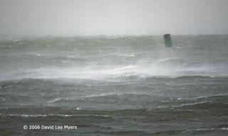 Storm-Buoy.A7B5_fs